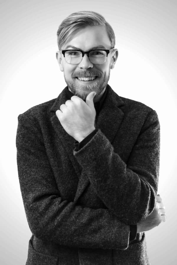 Garik Himebaugh Chief Stylist at Eco-Stylist