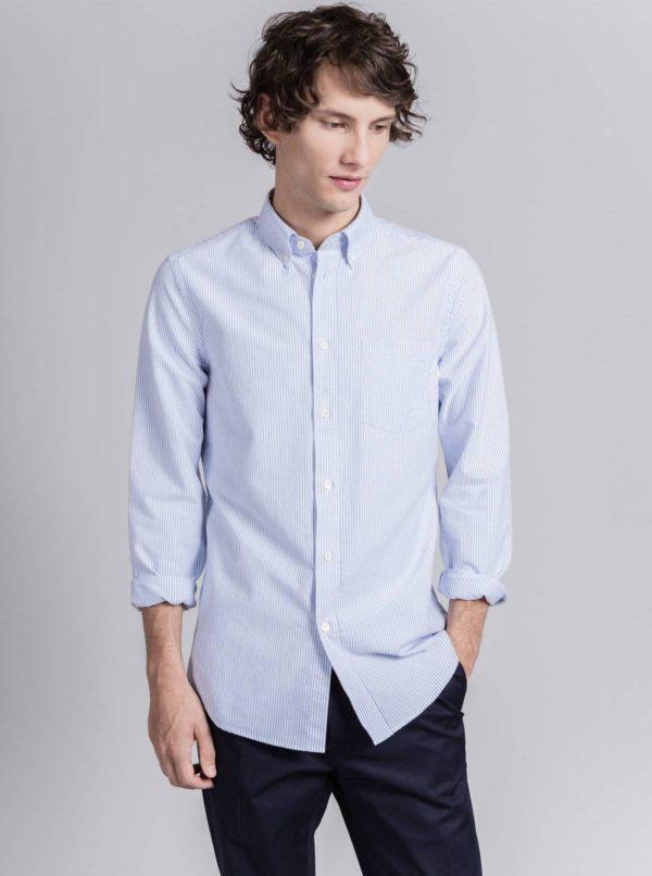 4) Asket Oxford Shirt Navy Stripe