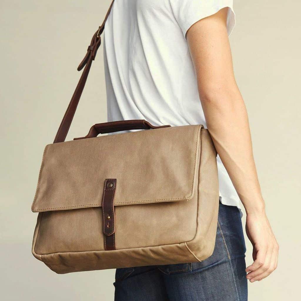 Nisolo-Canvas-Messenger-Bag