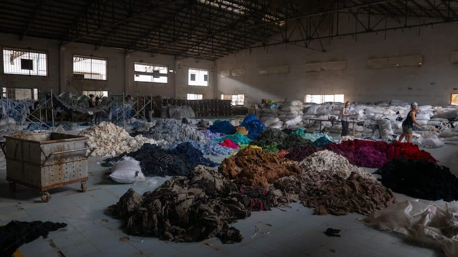 Piles-of-Clothing-Waste